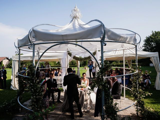 Il matrimonio di Luca e Elena a Cernusco Lombardone, Lecco 24