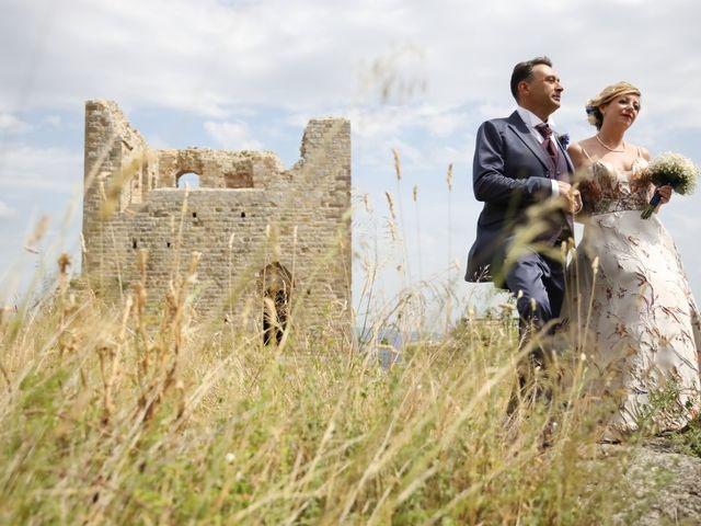 Il matrimonio di Dominga e Claudio a Castiglione della Pescaia, Grosseto 14