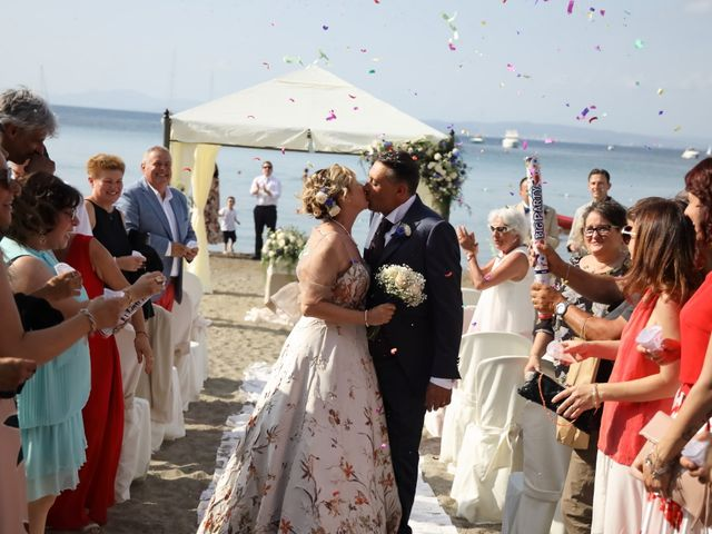 Il matrimonio di Dominga e Claudio a Castiglione della Pescaia, Grosseto 21