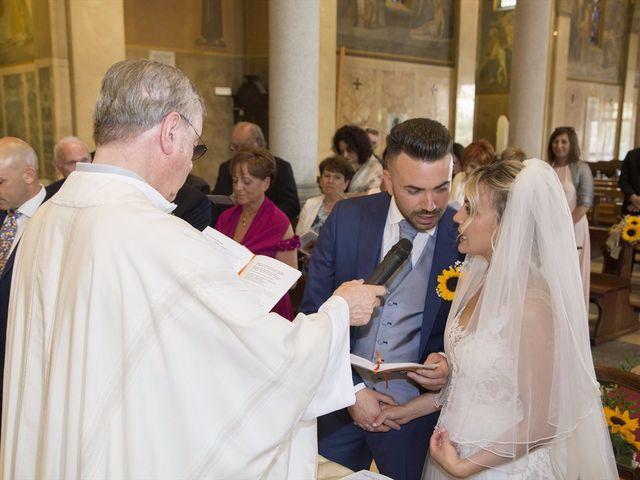 Il matrimonio di Simone e Maria a Rescaldina, Milano 8