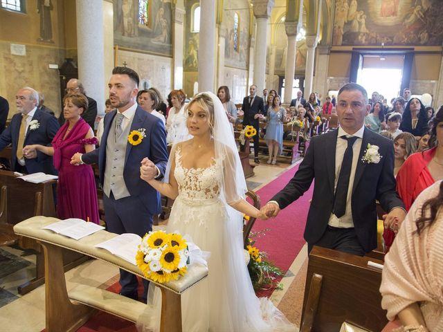 Il matrimonio di Simone e Maria a Rescaldina, Milano 9