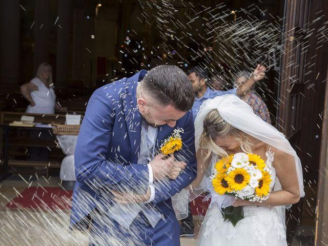 Il matrimonio di Simone e Maria a Rescaldina, Milano 11