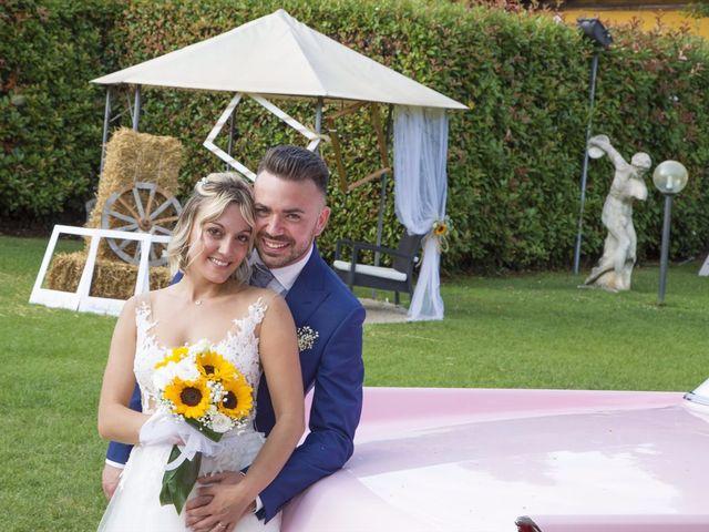 Il matrimonio di Simone e Maria a Rescaldina, Milano 16