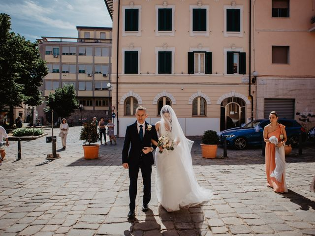 Il matrimonio di Michail e Roberta a Porto Santo Stefano, Grosseto 33