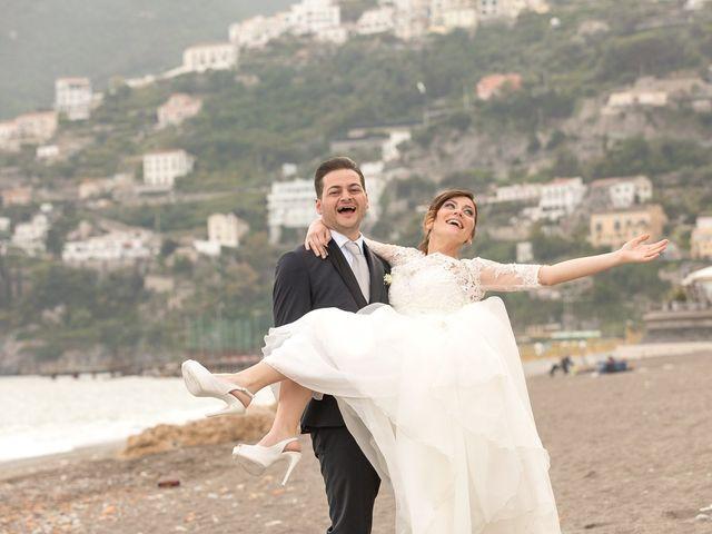 Il matrimonio di Giovanni e Maddalena a Vietri sul Mare, Salerno 32