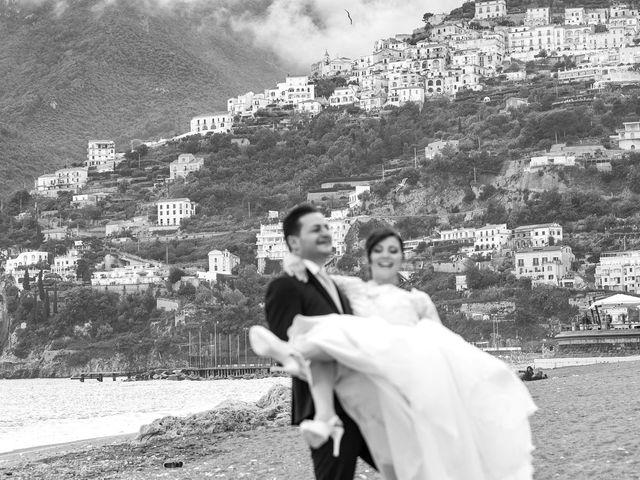Il matrimonio di Giovanni e Maddalena a Vietri sul Mare, Salerno 33