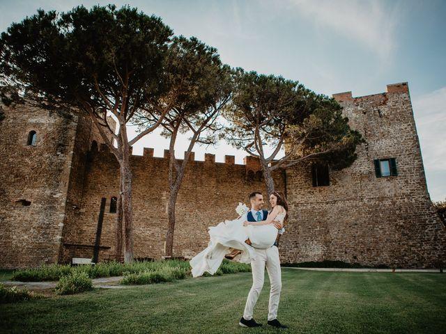 Il matrimonio di Daniele e Consuelo a Castiglione della Pescaia, Grosseto 40
