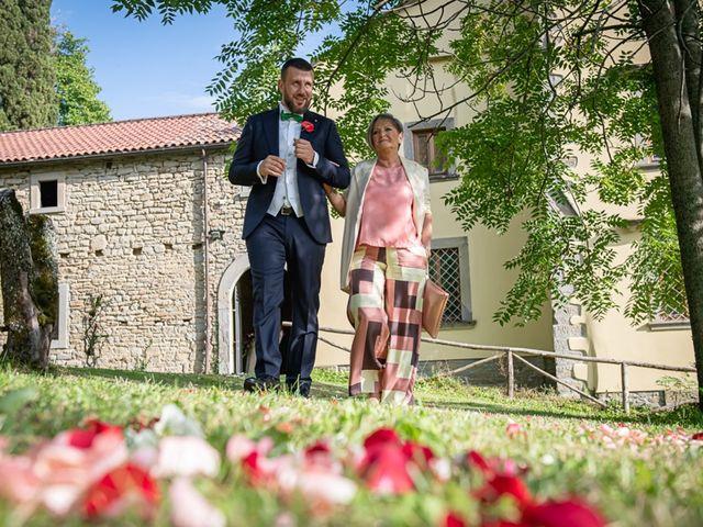 Il matrimonio di Vittoria e Jonathan a Palazzuolo sul Senio, Firenze 16