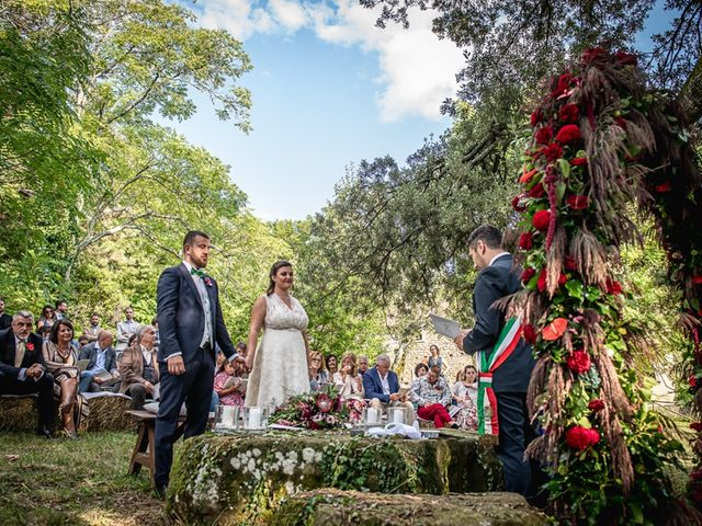 Il matrimonio di Vittoria e Jonathan a Palazzuolo sul Senio, Firenze 19
