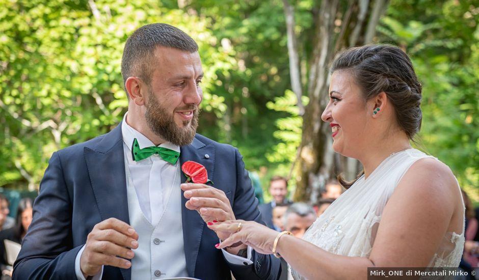 Il matrimonio di Vittoria e Jonathan a Palazzuolo sul Senio, Firenze