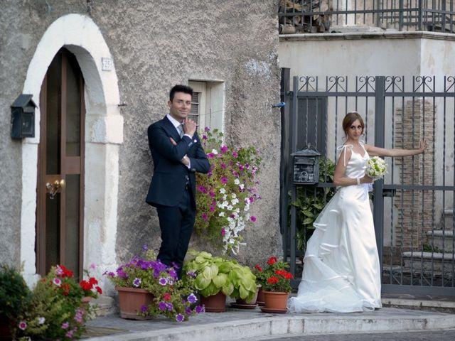 Il matrimonio di Mario e Ilaria a Trasacco, L'Aquila 27