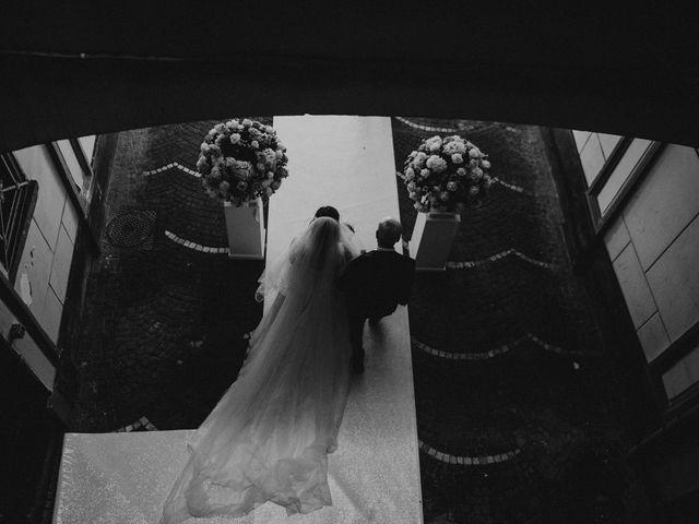 Il matrimonio di Max e Ilaria a Napoli, Napoli 32