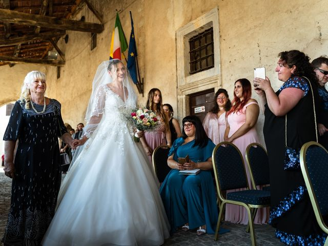 Il matrimonio di Emanuele e Hanna a Sermoneta, Latina 28