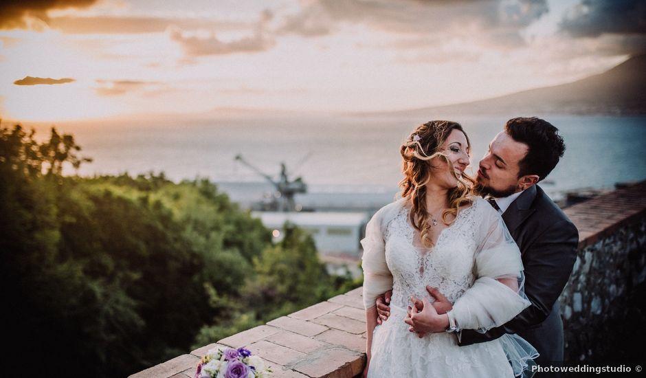 Il matrimonio di Max e Ilaria a Napoli, Napoli
