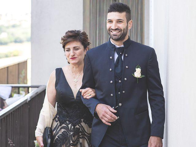 Il matrimonio di Lorenzo e Giulia a Corridonia, Macerata 15