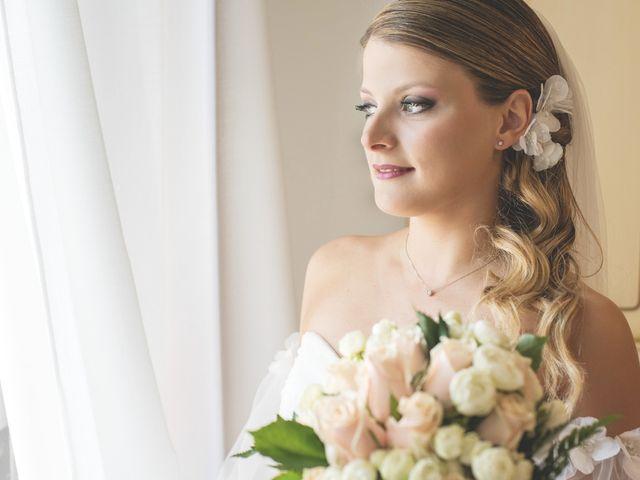 Il matrimonio di Lorenzo e Giulia a Corridonia, Macerata 36