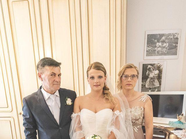 Il matrimonio di Lorenzo e Giulia a Corridonia, Macerata 39