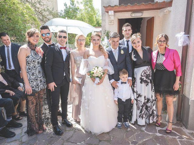 Il matrimonio di Lorenzo e Giulia a Corridonia, Macerata 42