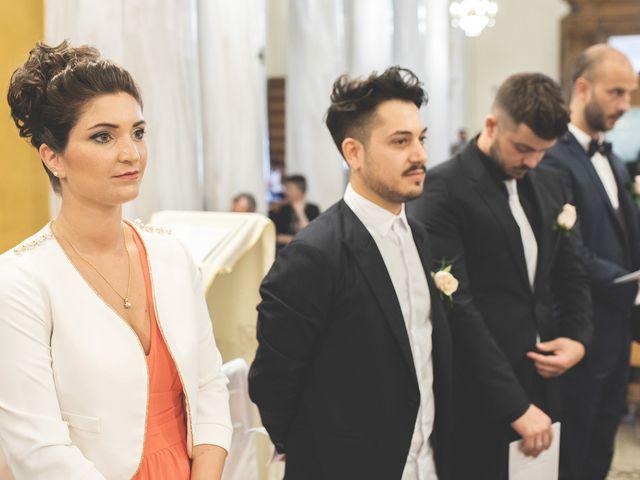 Il matrimonio di Lorenzo e Giulia a Corridonia, Macerata 54