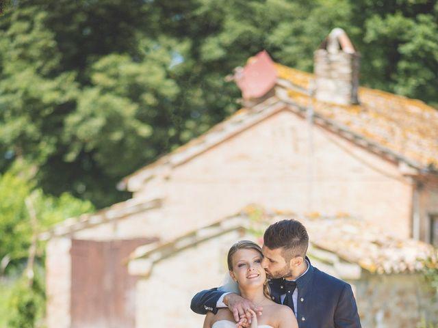 Il matrimonio di Lorenzo e Giulia a Corridonia, Macerata 76
