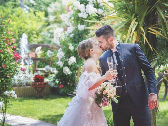 Il matrimonio di Lorenzo e Giulia a Corridonia, Macerata 110