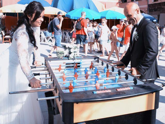 Il matrimonio di Alessandro e Emanuela a Vernazza, La Spezia 8