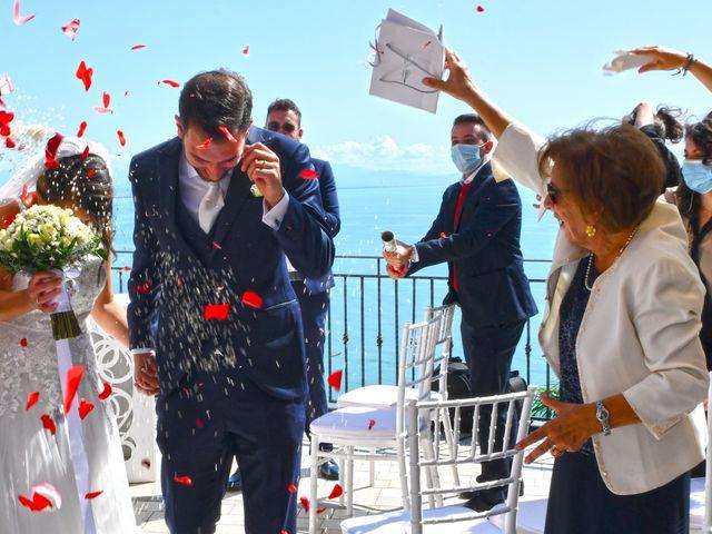 Il matrimonio di Raffaele e Mariapia a Vietri sul Mare, Salerno 21