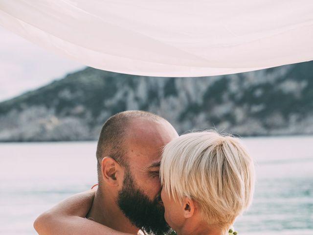 Il matrimonio di Zoltan e Ildilko a Golfo Aranci, Sassari 10