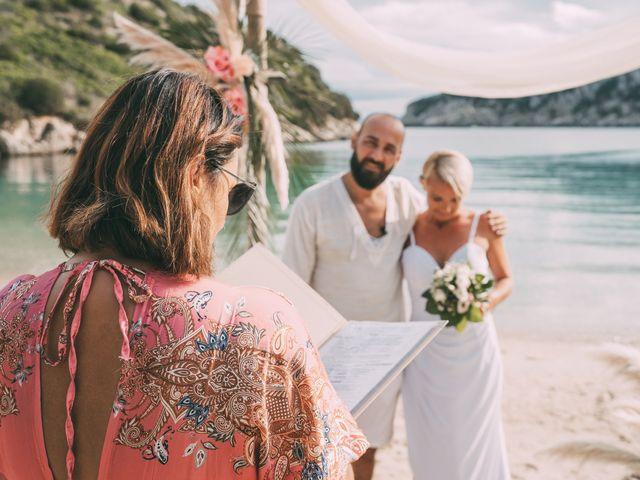 Il matrimonio di Zoltan e Ildilko a Golfo Aranci, Sassari 23