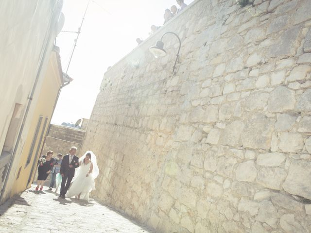 Il matrimonio di Giuseppe e Adriana a Chiaramonte Gulfi, Ragusa 25