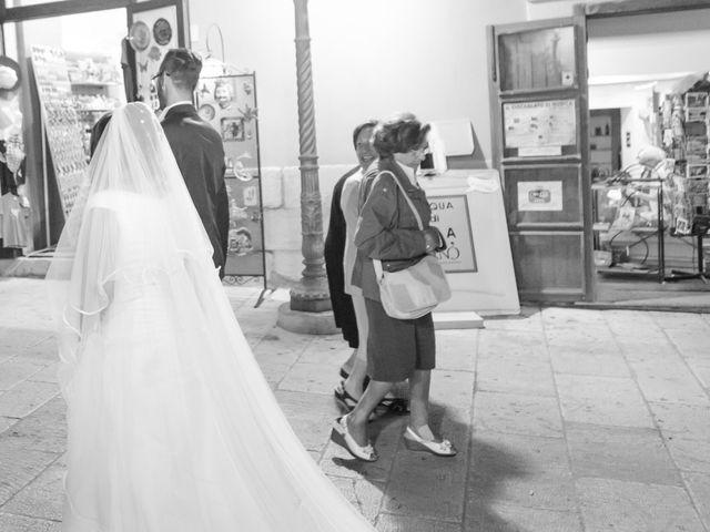 Il matrimonio di Giuseppe e Adriana a Chiaramonte Gulfi, Ragusa 57