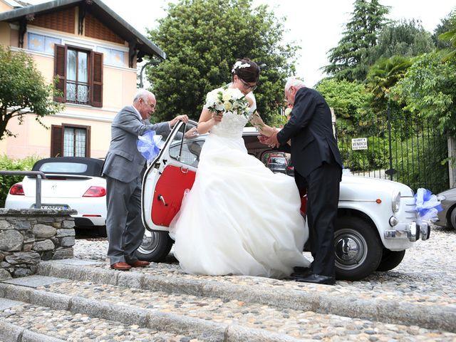 Il matrimonio di Andrea e Elena a Besozzo, Varese 5