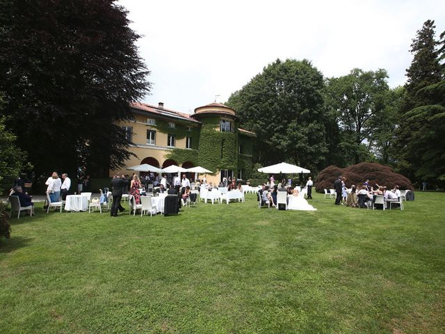 Il matrimonio di Andrea e Elena a Besozzo, Varese 24