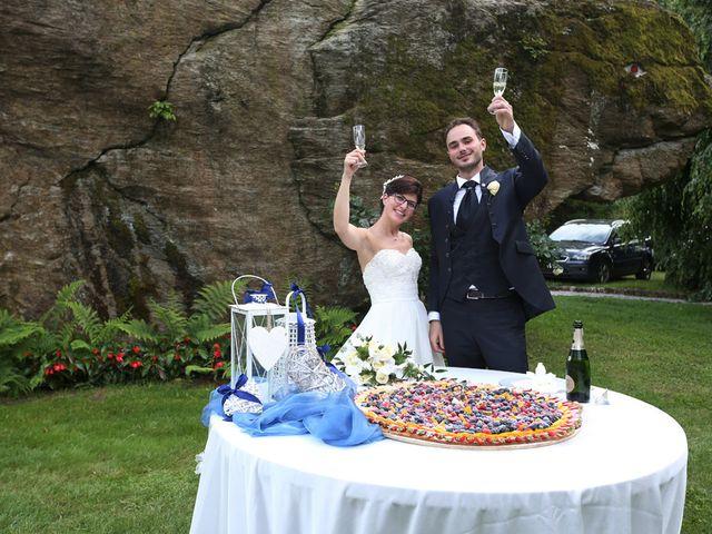 Il matrimonio di Andrea e Elena a Besozzo, Varese 29