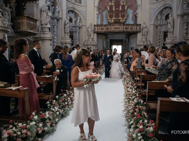 Il matrimonio di Simone e Maria Grazia a Lecce, Lecce 7