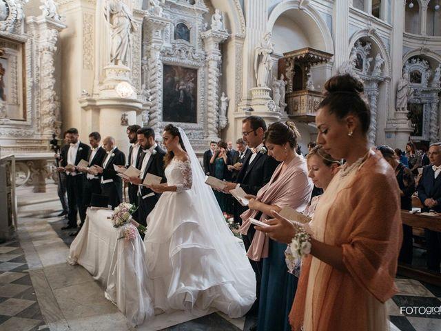 Il matrimonio di Simone e Maria Grazia a Lecce, Lecce 8