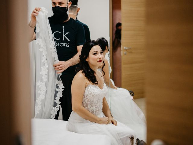 Il matrimonio di Mirko e Francesca a Mosciano Sant'Angelo, Teramo 7