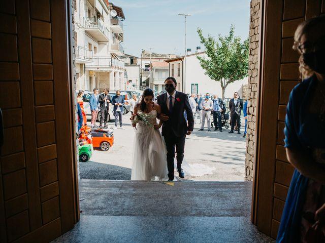 Il matrimonio di Mirko e Francesca a Mosciano Sant'Angelo, Teramo 23
