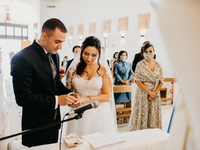 Il matrimonio di Mirko e Francesca a Mosciano Sant'Angelo, Teramo 27