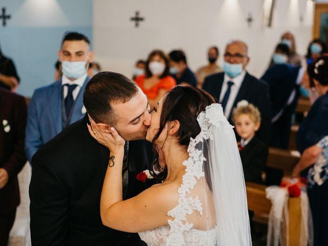 Il matrimonio di Mirko e Francesca a Mosciano Sant'Angelo, Teramo 28