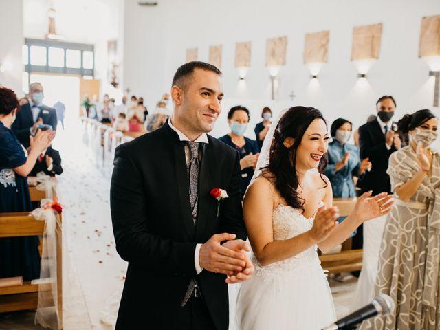 Il matrimonio di Mirko e Francesca a Mosciano Sant'Angelo, Teramo 29
