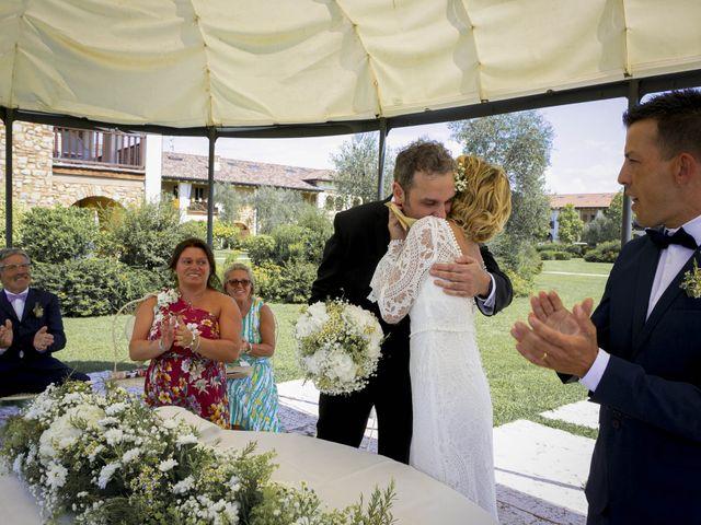 Il matrimonio di Luca e Jennifer a Pozzolengo, Brescia 19