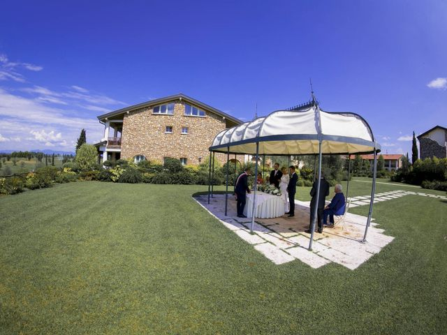 Il matrimonio di Luca e Jennifer a Pozzolengo, Brescia 22