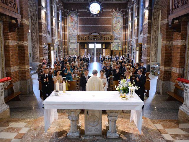 Il matrimonio di Emanuele e Barbara a Magenta, Milano 25