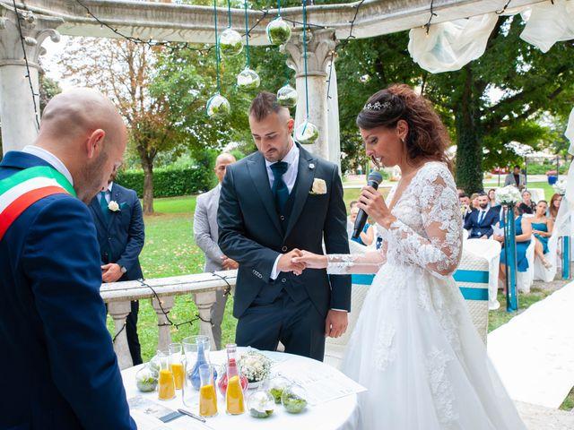 Il matrimonio di Ivan e Roberta  a Misano di Gera d'Adda, Bergamo 26