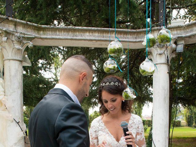 Il matrimonio di Ivan e Roberta  a Misano di Gera d'Adda, Bergamo 28