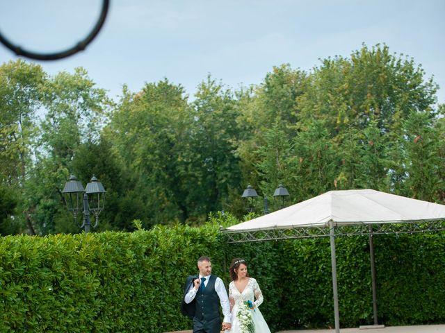 Il matrimonio di Ivan e Roberta  a Misano di Gera d'Adda, Bergamo 36