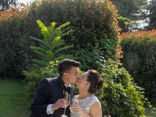 Il matrimonio di Marco e Elisa a Cerro Maggiore, Milano 16