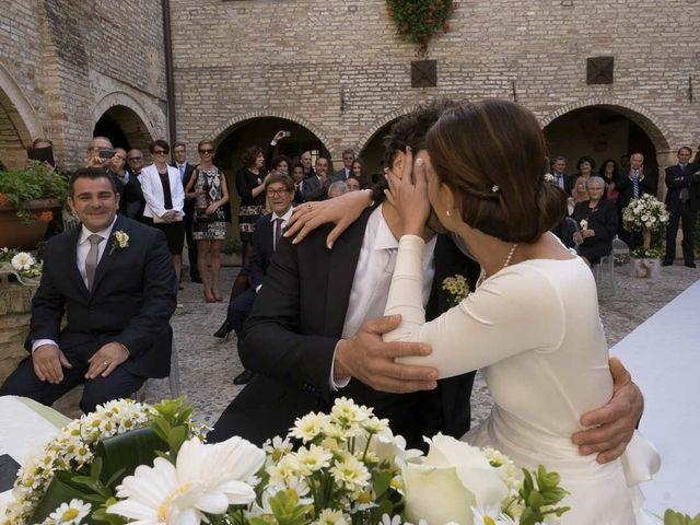 Il matrimonio di Sandro e Tereza a Città Sant'Angelo, Pescara 21