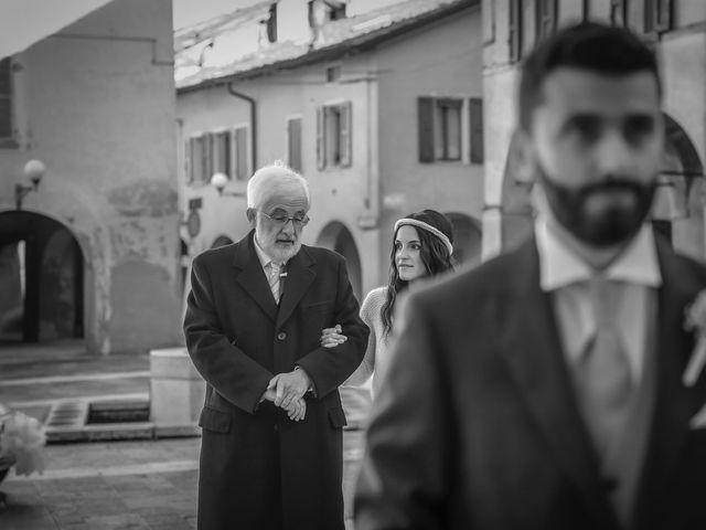 Il matrimonio di Dario e Anna a San Martino in Rio, Reggio Emilia 13